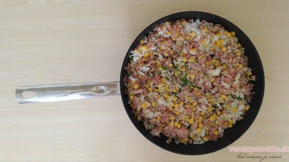 zapekana ryža v panvici