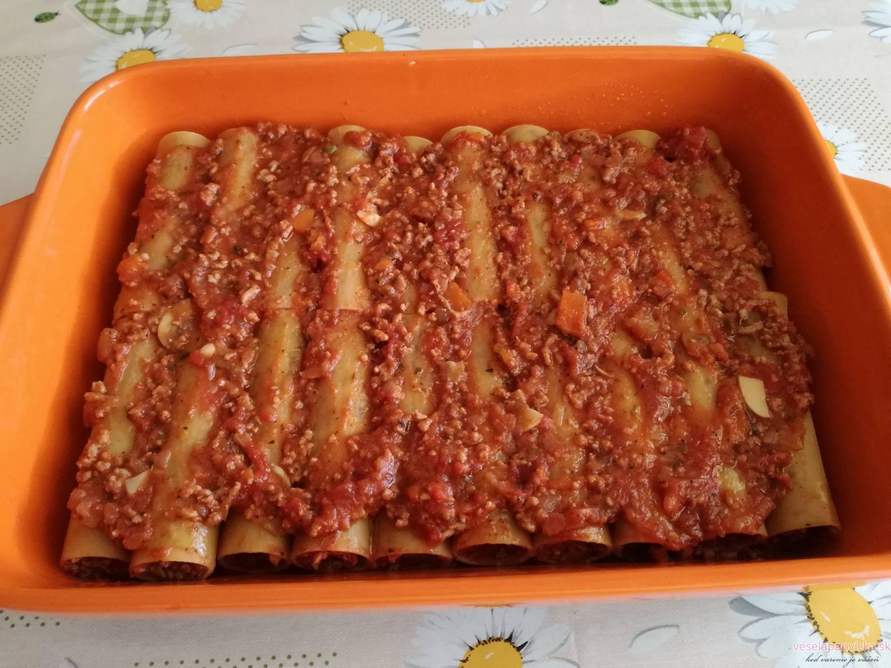 cannelloni plnene s ragu_2
